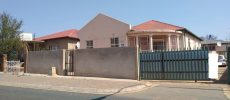 A Perfect Family Home And Investors Dream !!!