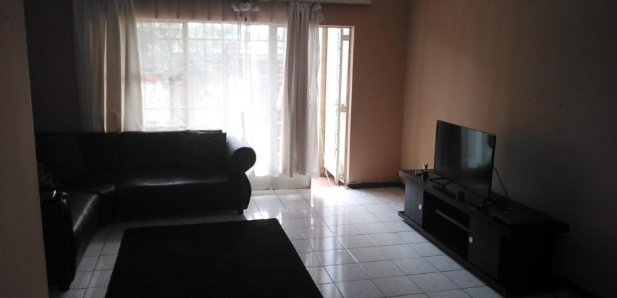 A Lovely Duplex with Stunning View!!!